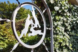 Gartentor mit 3-Hasen-Logo